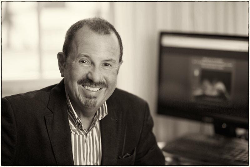 Hans Karl Friedrich Schmidt ist der Geschäftsführer der Ph. C. W. Schmidt Dienstleistungsgesellschaft mbH